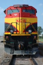 KCS 4034, EMD SD70ACe, fresh new paint